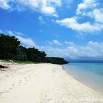 鳩間島では広めのビーチ