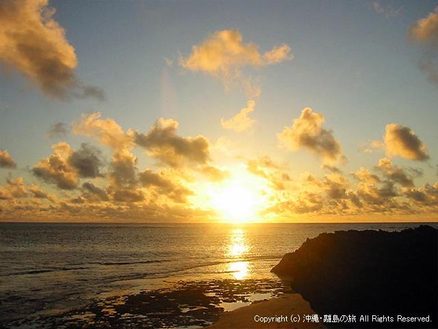 久高島のカベール岬から