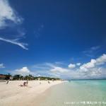 遠浅が特徴のコンドイビーチ