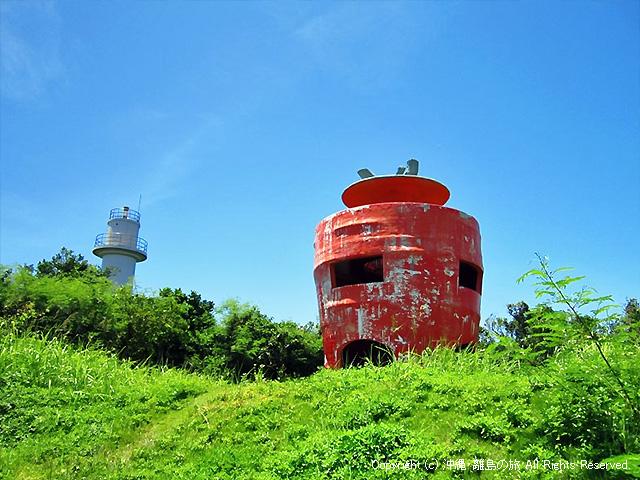 津堅島ド定番のニンジン型展望台