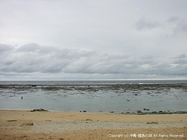 悪天候の吉野ビーチ
