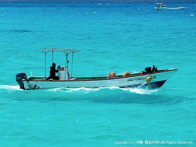 PLフィルターを使うと漁船が浮いているように見える・・