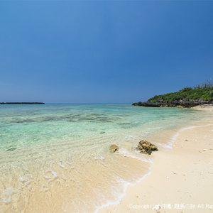 カモメ岩のビーチ