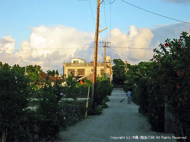 同じく竹富島の朝