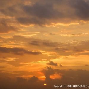 台風の影響でキレイに染まる空