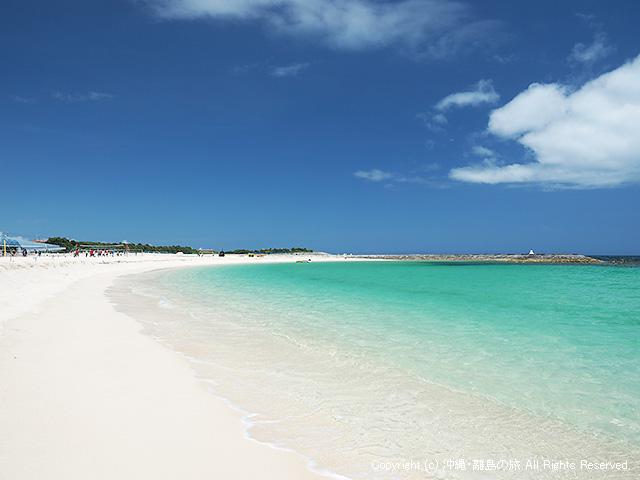 キレイな色のビーチ